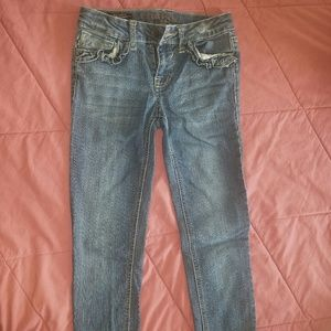 Ankle cut-off jeans